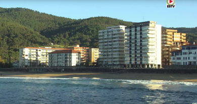 BAKIO: Surfing the Basque Country