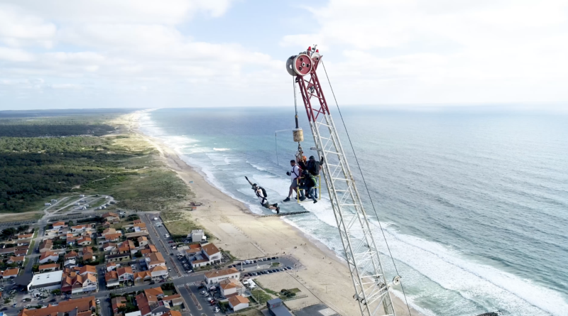 Extreme Parachutisme BASE Jump - Montalivet Surf TV