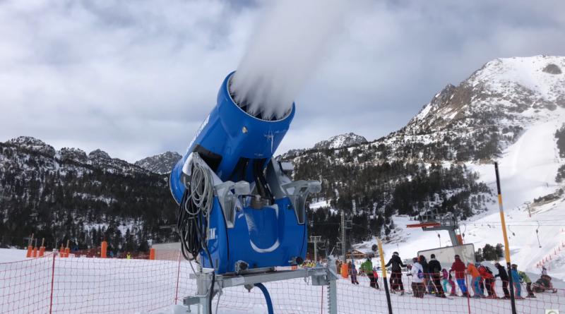Canon à Neige le plus fort du monde - Andorra Snow TV