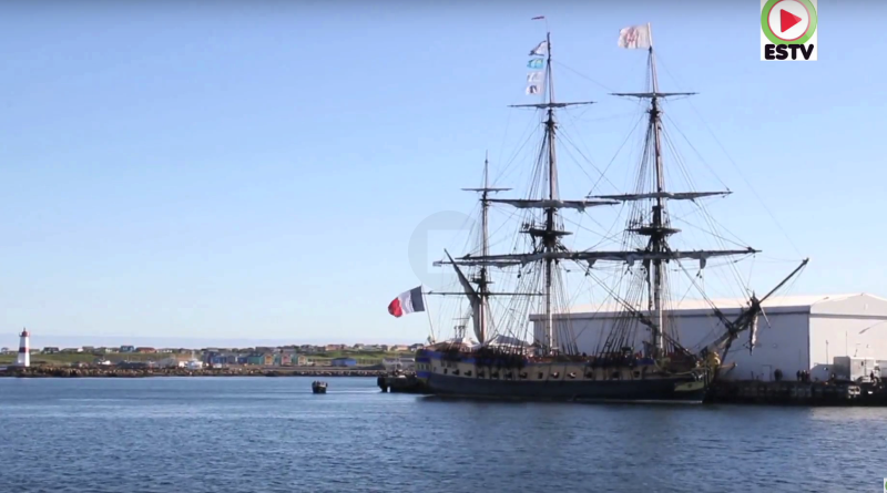 Saint-Pierre et Miquelon: L'Hermione quitte l'archipel - SPM ESTV