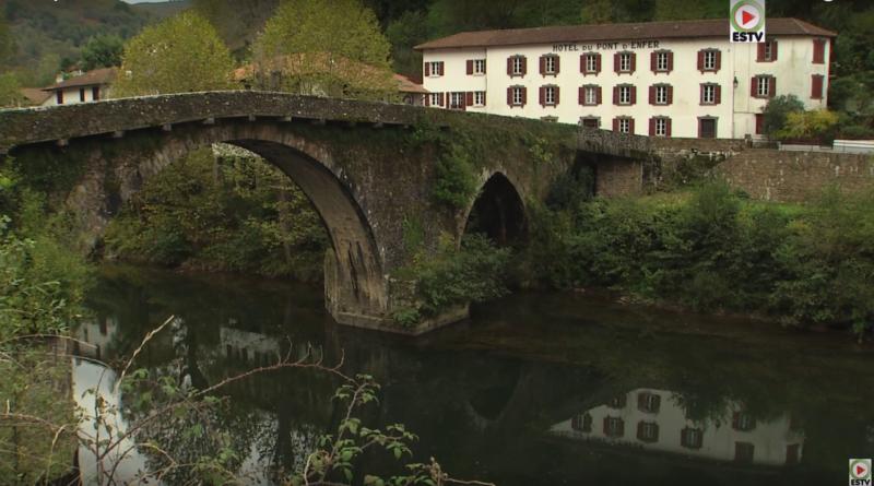 Bidarray: Le Pont d'Enfer - Euskadi Surf TV