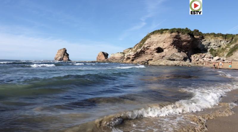 La Plage des Deux Jumeaux - Hendaye Surf TV