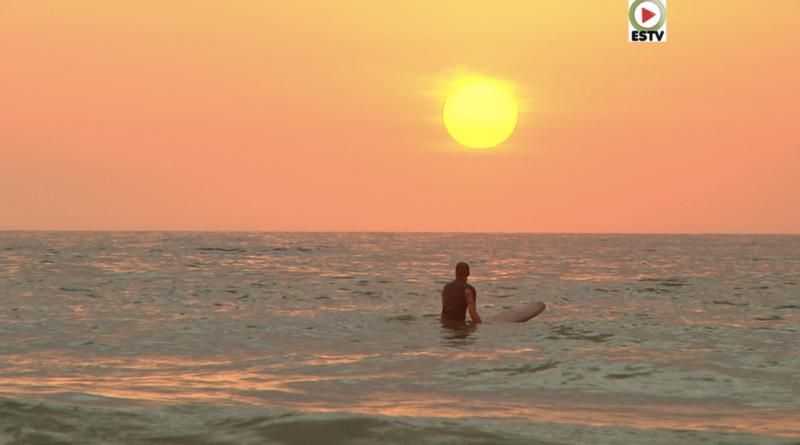 Surfing Sunset - Montalivet Surf TV